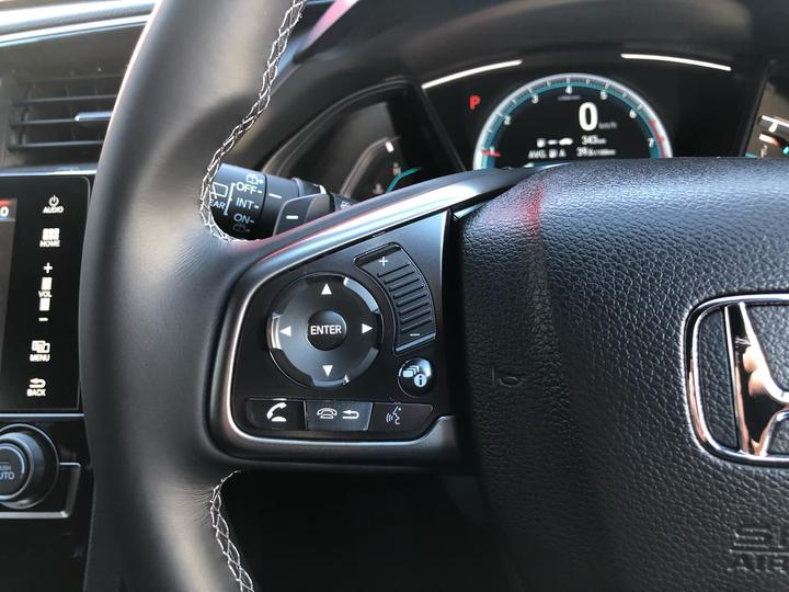HONDA CIVIC VTi-L 10th Gen VTi-L. Hatchback 5dr CVT 1sp 1.5T [MY18]