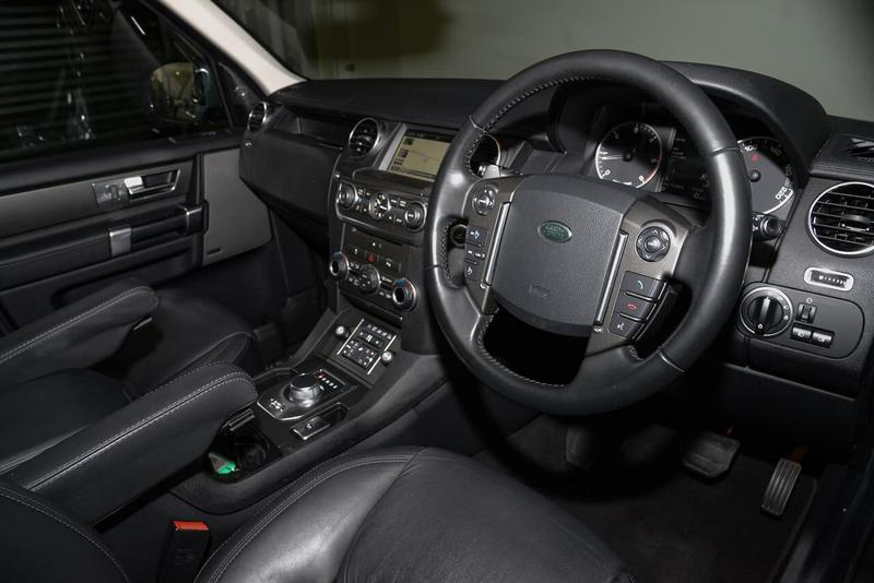 LAND ROVER DISCOVERY SDV6 Series 4 SDV6 HSE Wagon 7st 5dr Spts Auto 8sp 4x4 3.0DTT [MY14]