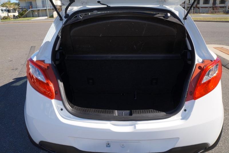 MAZDA 2 Maxx DE Series 2 Maxx Sport Hatchback 5dr Auto 4sp 1.5i [MY14]