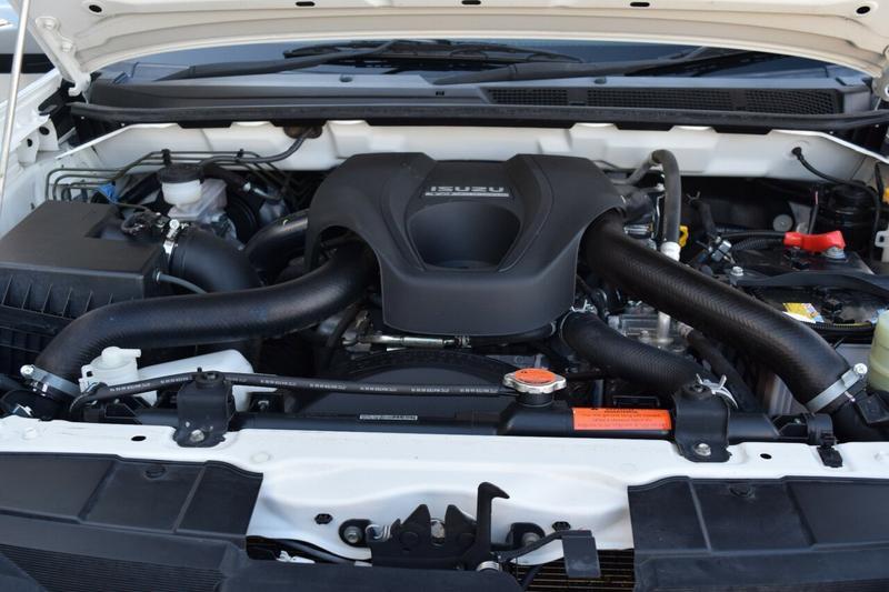 ISUZU MU-X LS-M LS-M Wagon 7st 5dr Rev-Tronic 6sp 4x2 3.0DT [MY16.5]