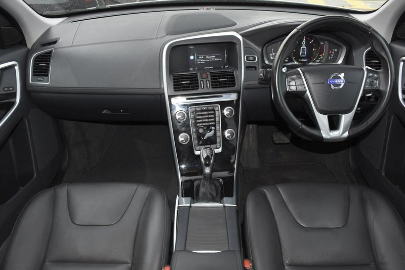 2014 VOLVO XC60 D4