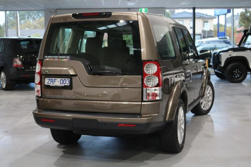 LAND ROVER DISCOVERY 4 SDV6 Series 4 SDV6 SE Wagon 7st 5dr Spts Auto 8sp 4x4 3.0DTT [MY13]