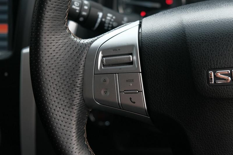 ISUZU MU-X LS-T LS-T Wagon 7st 5dr Rev-Tronic 6sp 4x4 3.0DT [MY17]