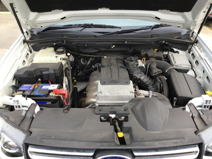 FORD TERRITORY Titanium SZ Titanium Wagon 7st 5dr Seq Sport Shift 6sp 4.0i