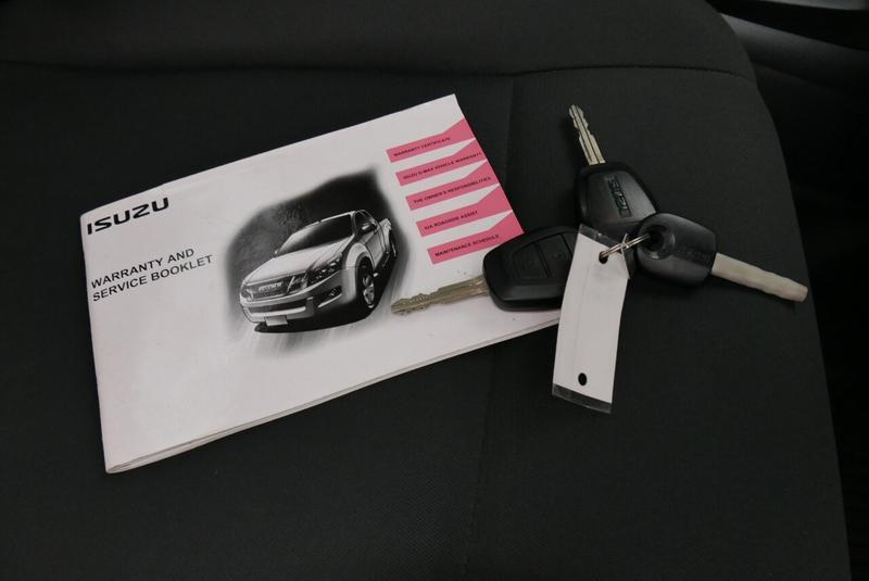 ISUZU D-MAX SX SX Cab Chassis Single Cab 2dr Man 5sp 4x2 3.0DT [MY12]