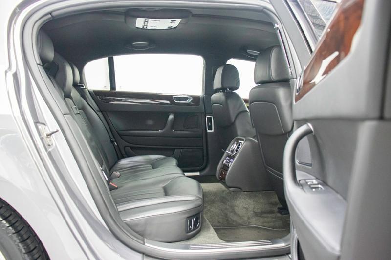 BENTLEY CONTINENTAL Flying Spur 3W Flying Spur Sedan 4dr Spts Auto 6sp 4WD 6.0TT