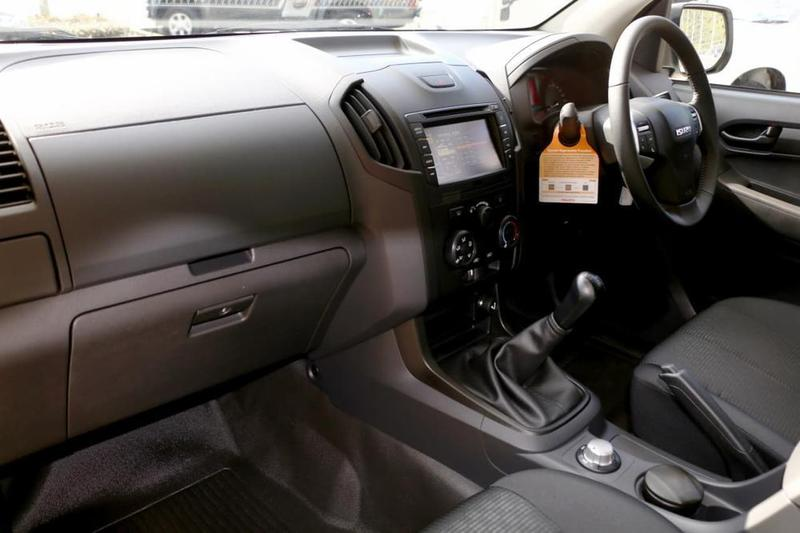 ISUZU D-MAX SX SX Cab Chassis Space Cab 4dr Man 6sp 4x4 3.0DT [MY19]