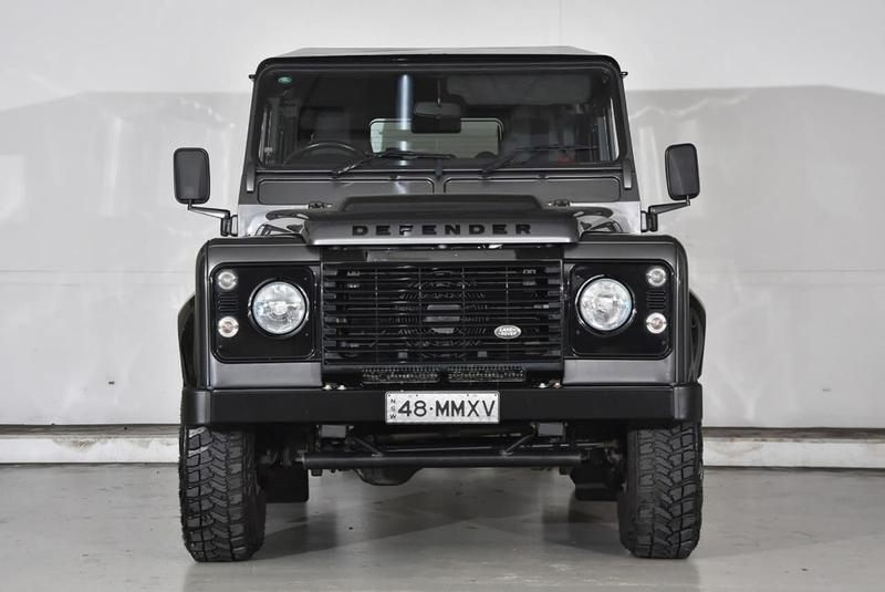 LAND ROVER DEFENDER  110 Wagon 5dr Man 6sp AWD 2.2DT [MY16]
