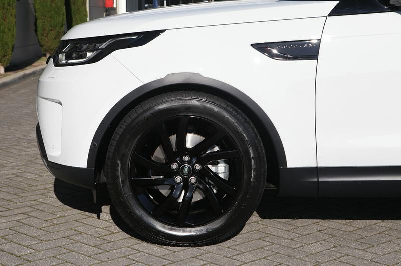 LAND ROVER DISCOVERY SD4 Series 5 SD4 SE Wagon 5dr Spts Auto 8sp 4x4 2.0DTT [MY19]