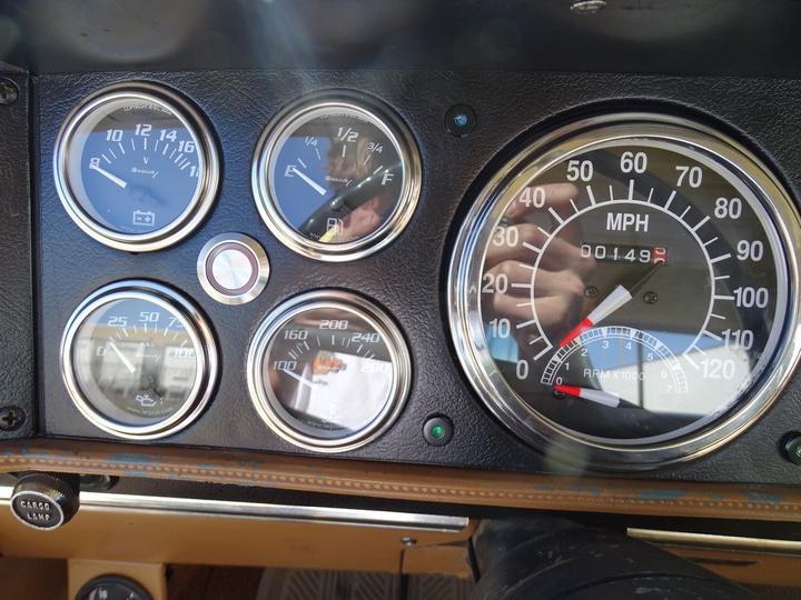 DODGE W300