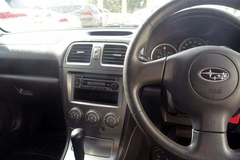 SUBARU IMPREZA  S. Sedan 4dr Auto 4sp AWD 2.0i [MY06]
