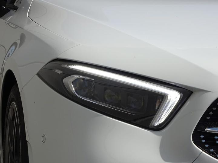 MERCEDES-BENZ A200 d W176 d Hatchback 5dr D-CT 7sp 2.1DT