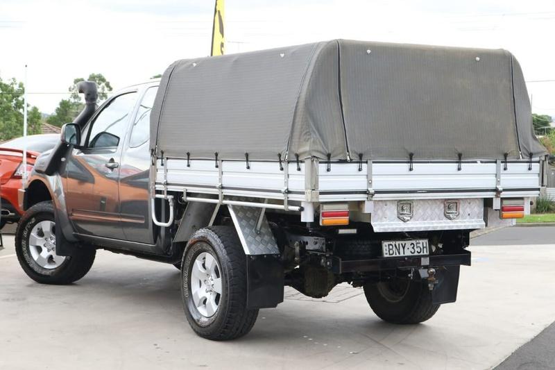 NISSAN NAVARA ST-X D40 ST-X Utility King Cab 4dr Man 6sp 4x4 2.5DT