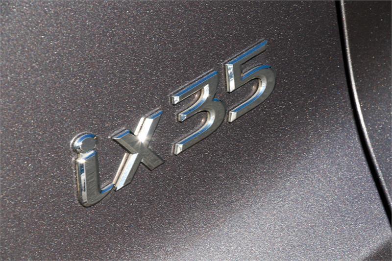 HYUNDAI IX35 Active LM Active Wagon 5dr Man 5sp 2.0i [MY11]