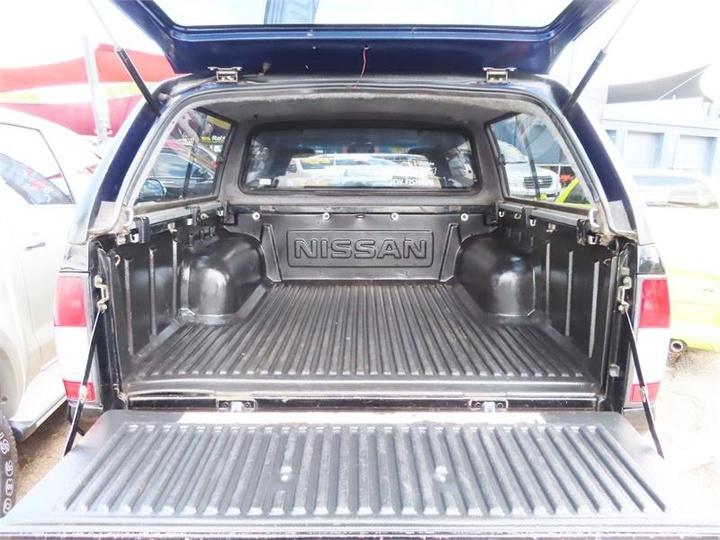 NISSAN NAVARA ST-R D22 S2 ST-R Cab Chassis Single Cab 2dr Man 5sp 4x4 3.0DT