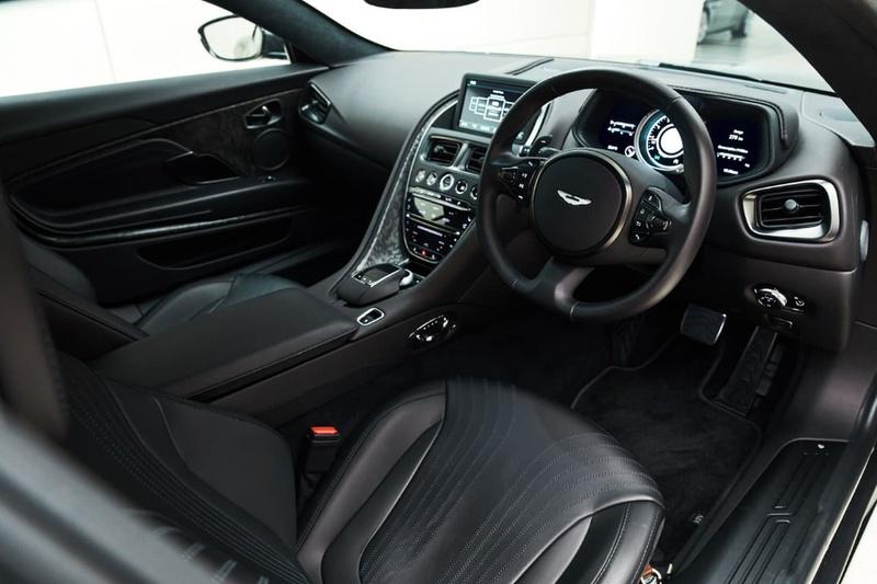 ASTON MARTIN DB11  Coupe 2dr Spts Auto 8sp 4.0TT [MY19]