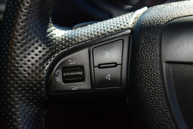 SKODA FABIA RS 5JF RS 132TSI Hatchback 5dr DSG 7sp 1.4TSC [MY13]