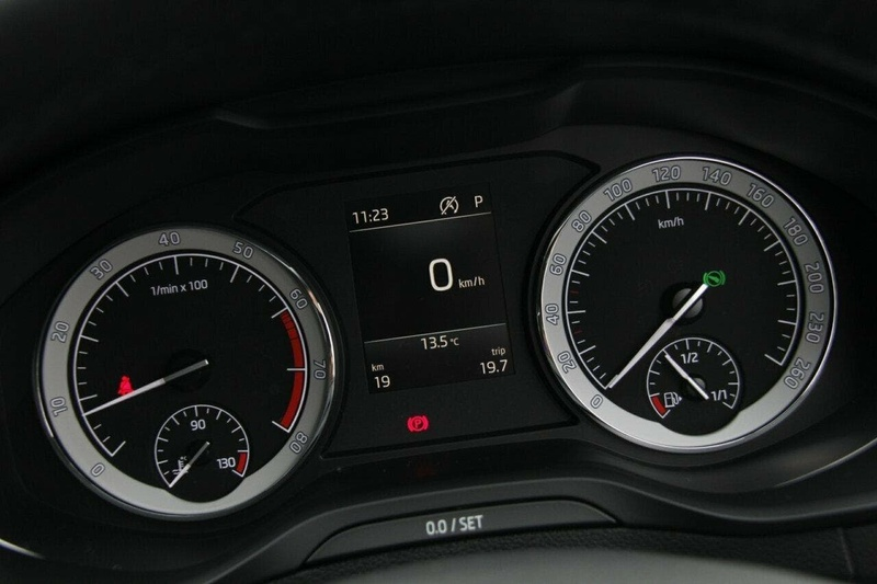 SKODA KAROQ 110TSI NU 110TSI Wagon 5dr DSG 7sp FWD 1.5T [MY19]