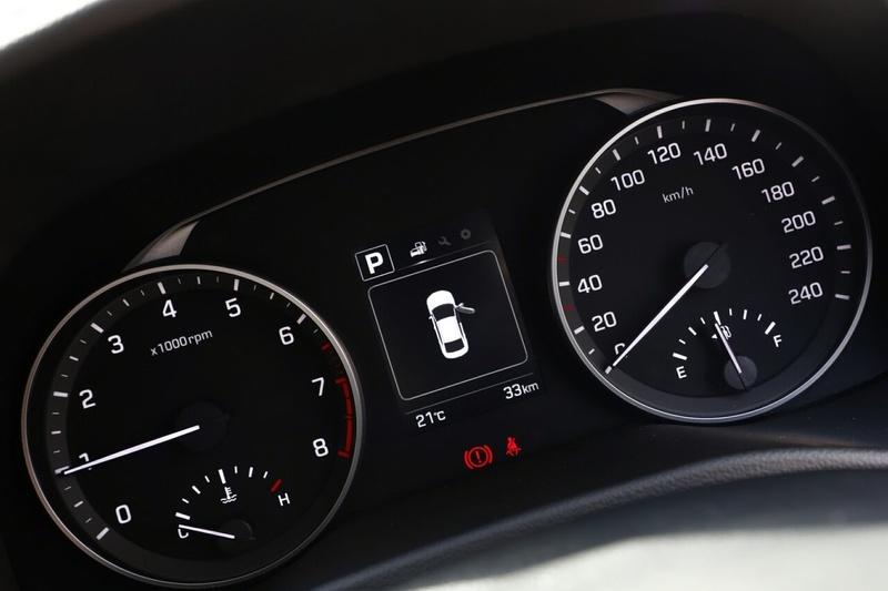 HYUNDAI ELANTRA Elite AD Elite Sedan 4dr Spts Auto 6sp 2.0i [MY18]