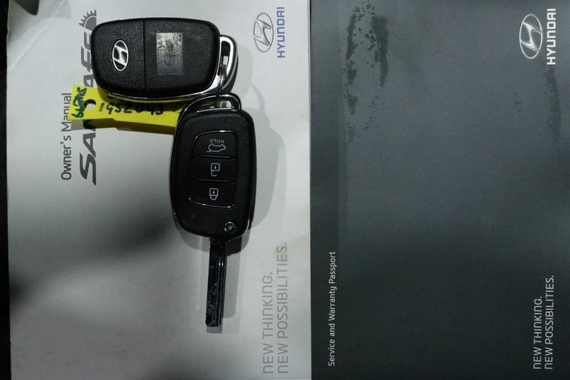 HYUNDAI SANTA FE Active DM3 Series II Active Wagon 7st 5dr Spts Auto 6sp 4x4 2.2DT [MY16]
