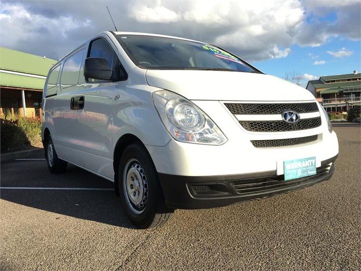 HYUNDAI ILOAD  TQ-V Van 5dr Spts Auto 5sp 2.5DT