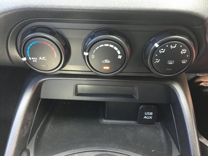 MAZDA MX-5  ND Roadster 2dr SKYACTIV-MT 6sp 1.5i [May]