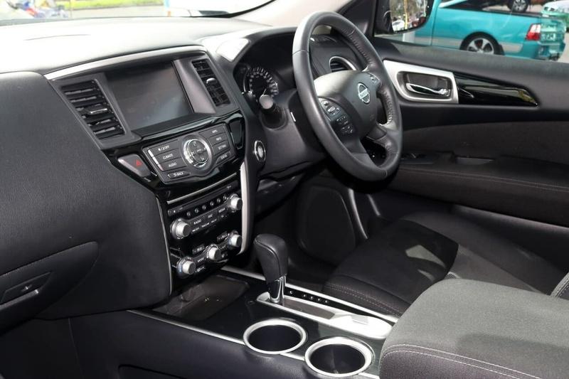 NISSAN PATHFINDER ST R52 Series II ST Wagon 7st 5dr X-tronic 1sp 2WD 3.5i [MY17]