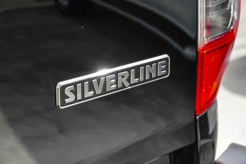 NISSAN NAVARA Silverline D23 Series 3 Silverline Utility Dual Cab 4dr Spts Auto 7sp 4x4 2.3DTT