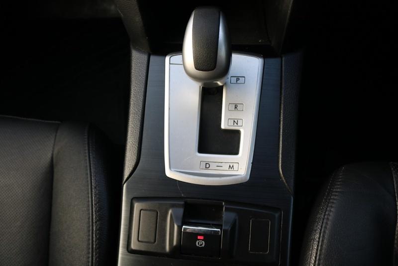 SUBARU OUTBACK 2.5i 4GEN 2.5i Premium. Wagon 5dr Lineartronic 6sp AWD [MY13]
