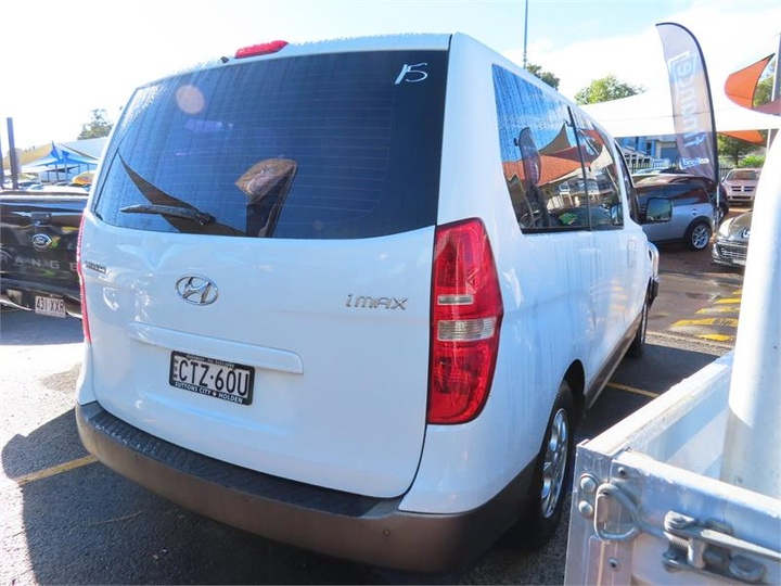 HYUNDAI IMAX  TQ-W Wagon 8st 5dr Auto 5sp 2.5DT [MY11]