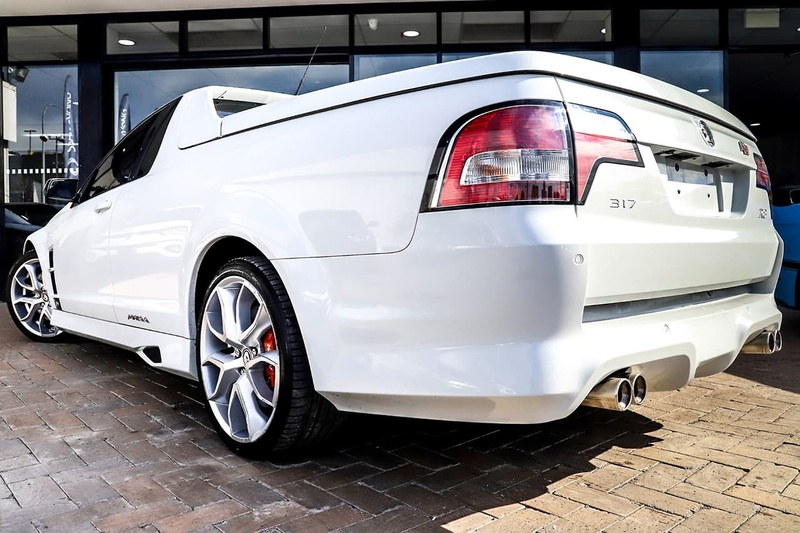 HOLDEN SPECIAL VEHICLES MALOO R8 E Series 3 R8 Utility Extended Cab 2dr Man 6sp 6.2i