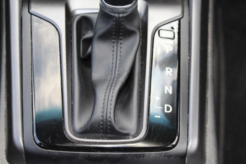 HYUNDAI I30 SR GD5 Series II SR Premium Hatchback 5dr Spts Auto 6sp 2.0i (Apr) [MY17]