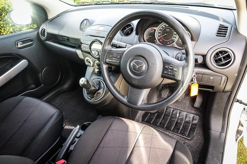 MAZDA 2 Neo DE Series 2 Neo Hatchback 5dr Man 5sp 1.5i [MY13]