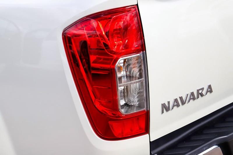 NISSAN NAVARA ST-X D23 Series 3 ST-X Utility Dual Cab 4dr Spts Auto 7sp 4x2 2.3DTT