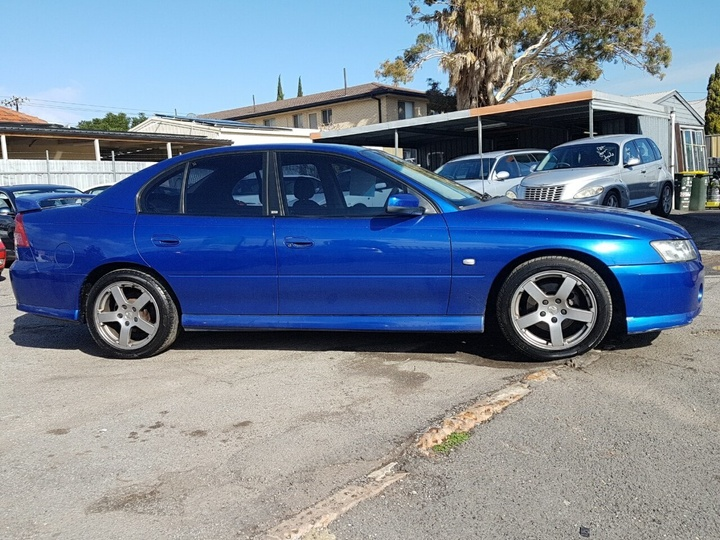 2005 HOLDEN COMMODORE SV6