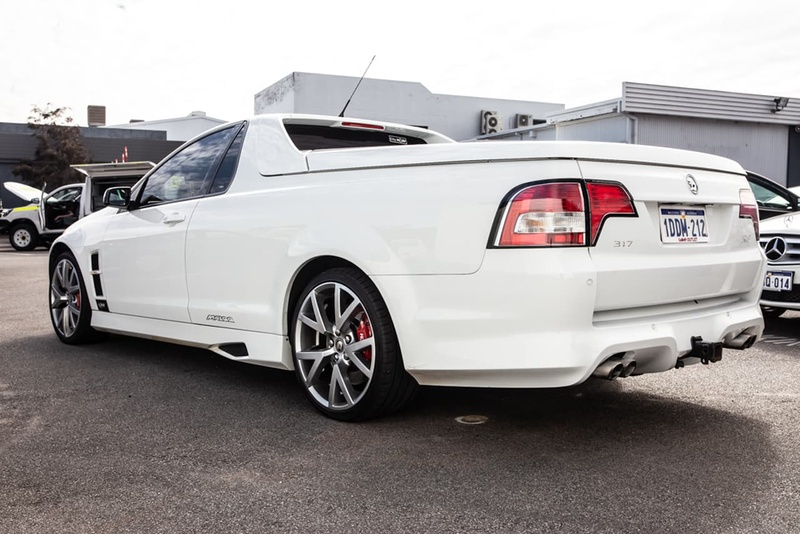 HOLDEN SPECIAL VEHICLES MALOO R8 E Series R8 Utility Extended Cab 2dr Man 6sp 6.2i [MY09]