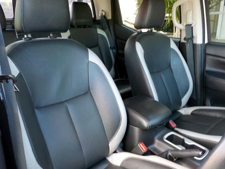 NISSAN NAVARA ST D23 Series 2 ST N-SPORT Utility Dual Cab 4dr Spts Auto 7sp 4x4 2.3DTT