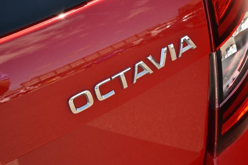 SKODA OCTAVIA RS NE RS 245 Sedan 5dr DSG 7sp 2.0T [MY18]