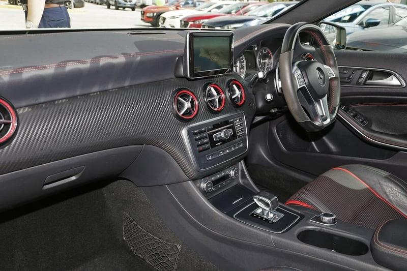 MERCEDES-BENZ A45 AMG W176 AMG Hatchback 5dr SPEEDSHIFT DCT 7sp 4MATIC 2.0T (Nov) [Nov]