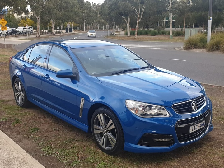 HOLDEN COMMODORE SV6 VF SV6 Sedan 4dr Spts Auto 6sp 3.6i [MY15]