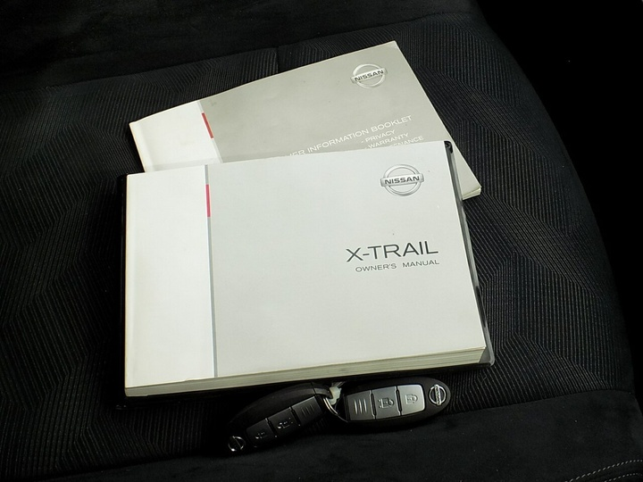 NISSAN X-TRAIL ST T32 ST Wagon 5dr Man 6sp 2WD 2.0i