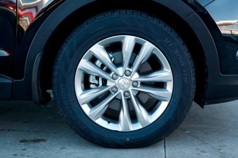 HYUNDAI SANTA FE Elite DM3 Series II Elite Wagon 7st 5dr Spts Auto 6sp 4x4 2.2DT [MY17]