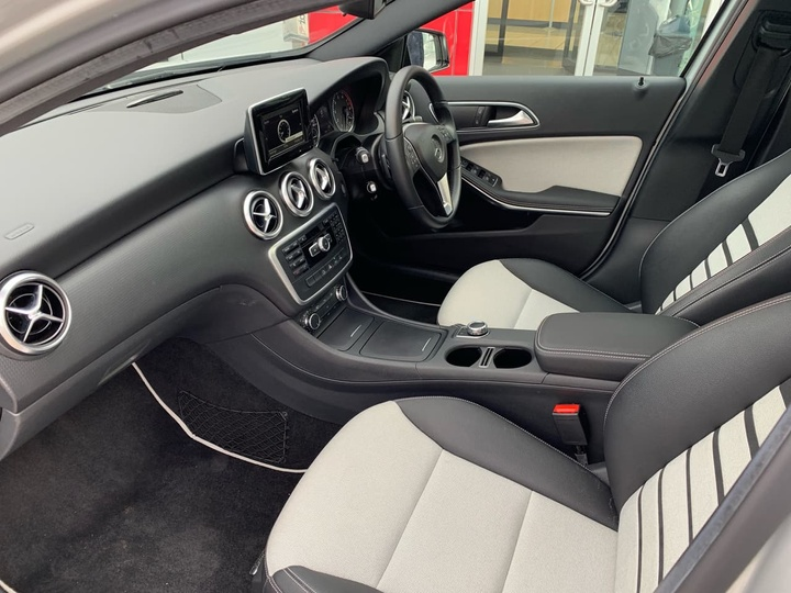 MERCEDES-BENZ A180  W176 Hatchback 5dr D-CT 7sp 1.6T (Nov) [Nov]
