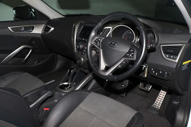 HYUNDAI VELOSTER + FS4 Series II Coupe 4dr D-CT 6sp 1.6i
