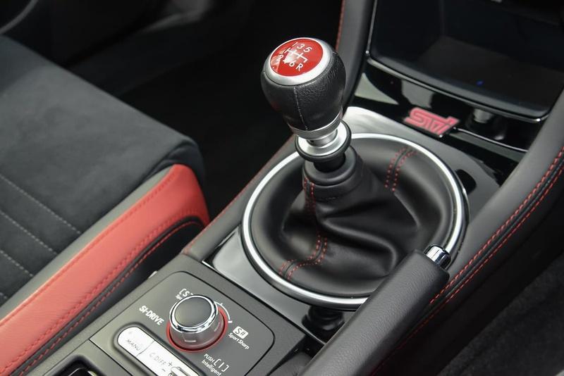 SUBARU WRX STI V1 STI spec.R. Sedan 4dr Man 6sp AWD 2.5T [MY18]