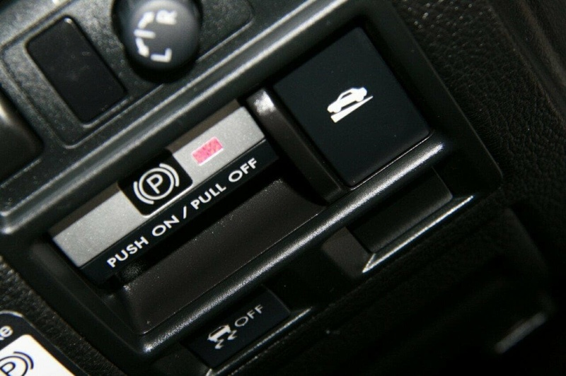 SUBARU OUTBACK 2.5i 4GEN 2.5i. Wagon 5dr Man 6sp AWD [MY10]