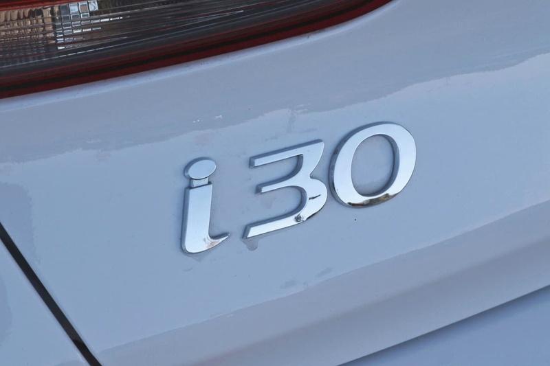 HYUNDAI I30 SR PD2 SR Premium Hatchback 5dr D-CT 7sp 1.6T [MY18]
