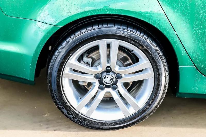 HOLDEN COMMODORE SV6 VE SV6 Sportwagon 5dr Spts Auto 6sp 3.6i [MY10]