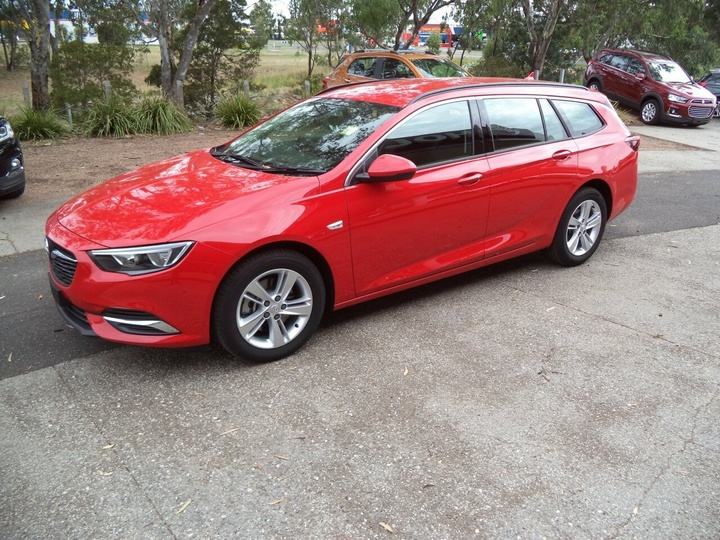 HOLDEN COMMODORE LT ZB LT Sportwagon 5dr Spts Auto 9sp 2.0T (5yr warranty) [MY18]