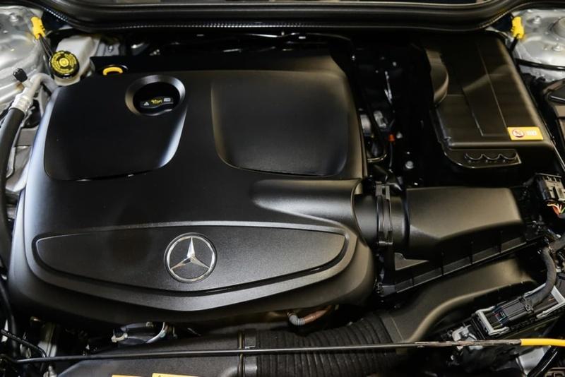 MERCEDES-BENZ A250 Sport W176 Sport Hatchback 5dr D-CT 7sp 2.0T (Mar)